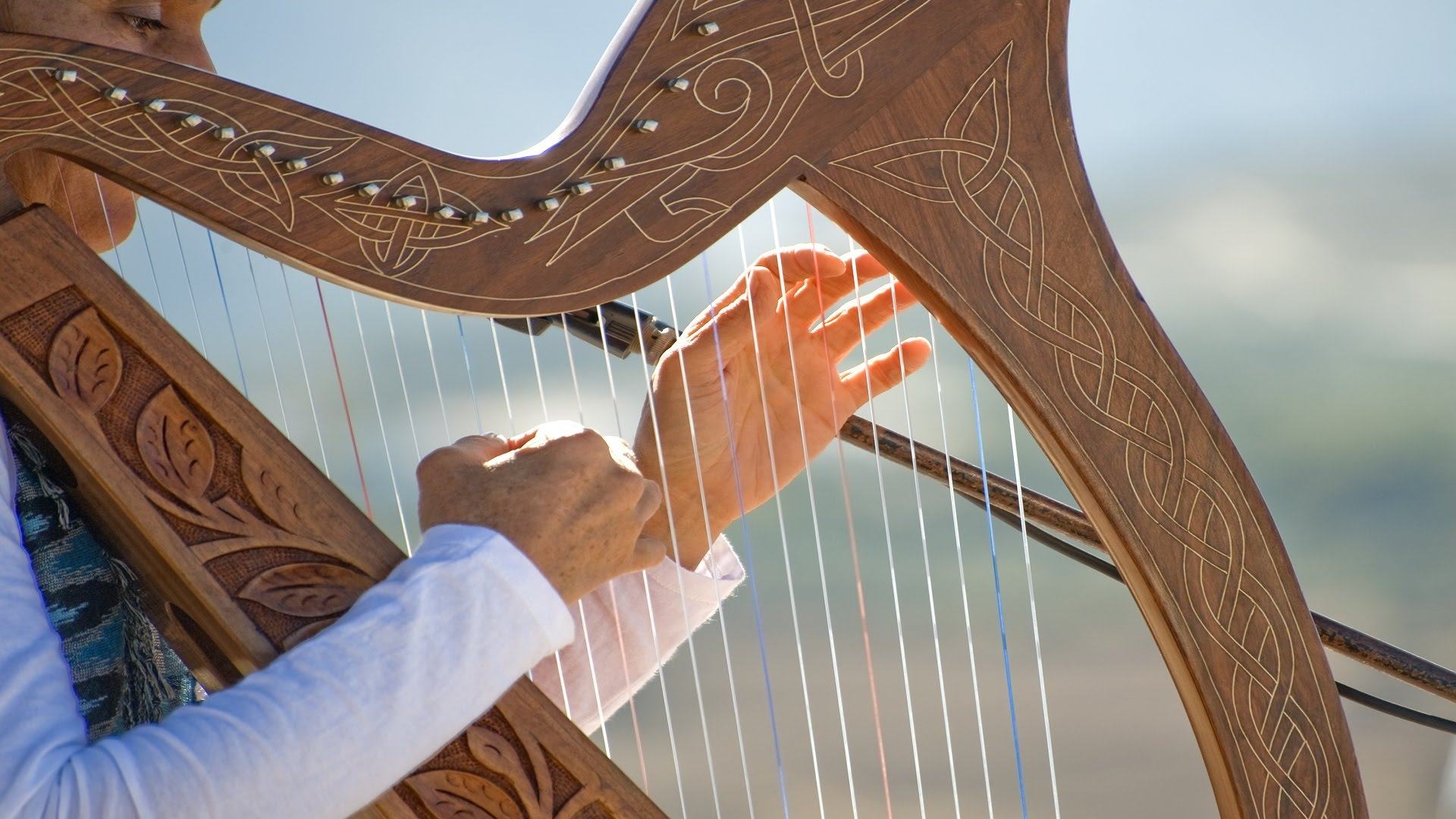 Listen to Classical Music composed by the Harp